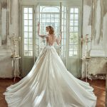 white wedding gown from boutique mariclod
